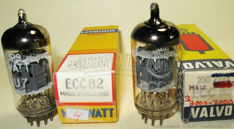 Amperex Philips ECC82 12AU7 - MINIWATT 1964 Heerlen Holland Halo Getter Miniwatt and Valvo Label.jpg